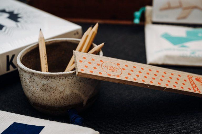 crayon et règle fabriqués en france
