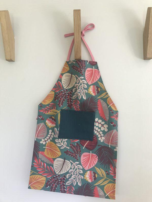 tablier enfant primaire motif coloré fabriqué en aveyron